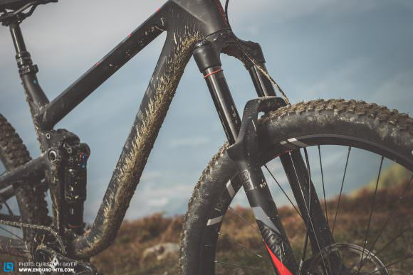 Potential for tuning Unlike the Factory model, the RockShox PIKE on the JAM C SL comes with just 140 mm travel. It's worth noting that its downhill performance would be drastically improved if FOCUS had gone for the 150 mm PIKE.