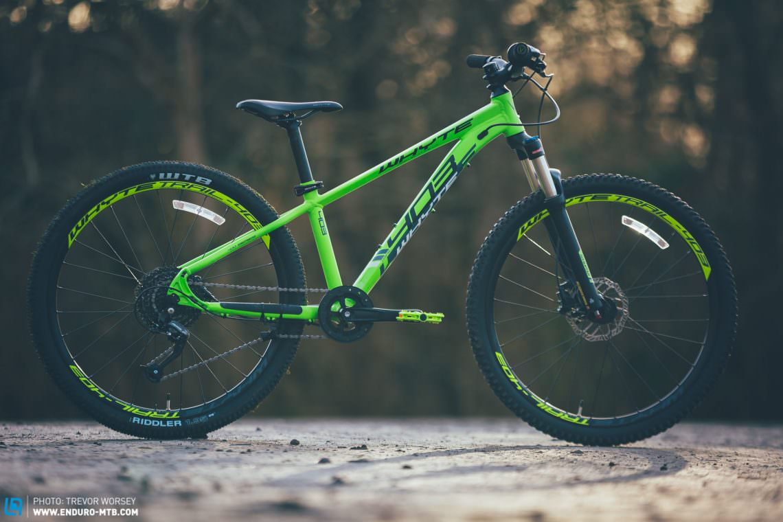 Boasting many features you would expect on a 'grown-ups' bike, the Whyte 403 is tough, capable and above all, great fun.