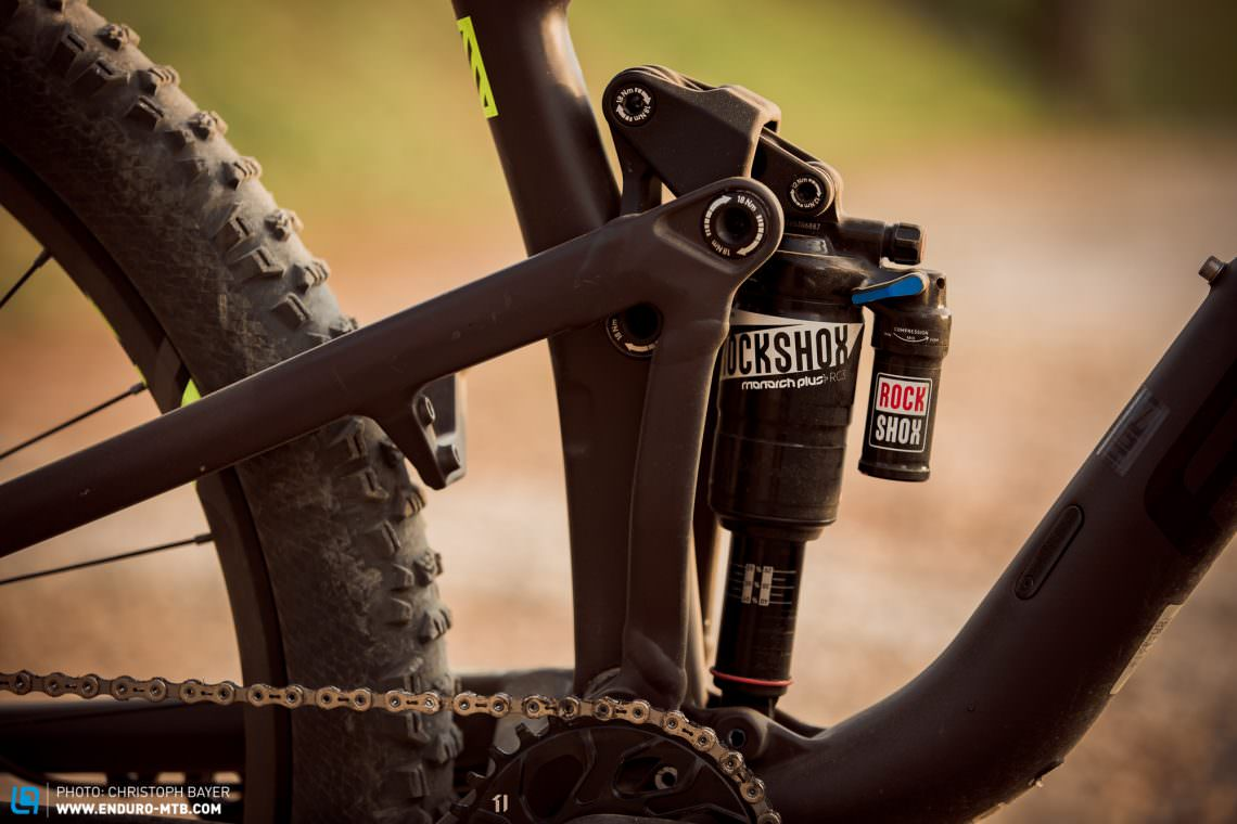 Focus jam c factory review enduro mountainbike magazine the fold single pivot rear suspension design revolves around positioning the bearings rocker arms and rear shock inside the frame in order to minimize ccuart Images