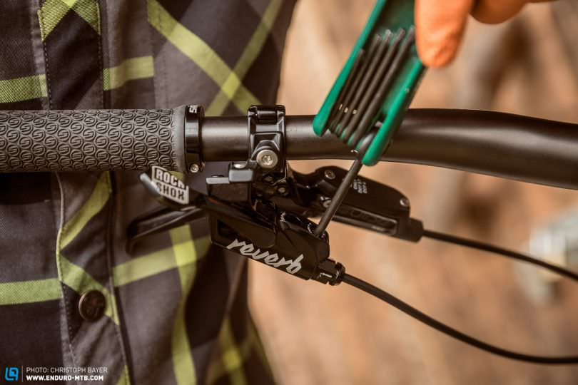 How To Mount The New Rockshox Reverb 1x Remote Lever Enduro