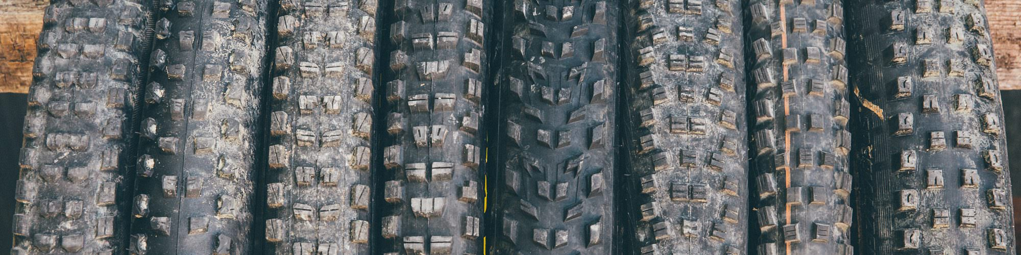 Black Gold – 8 enduro tires tested in the lab and on the