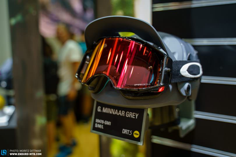 409fb4deb51bd The visor of the DRT5 can easily be raised to make room for a goggle ...