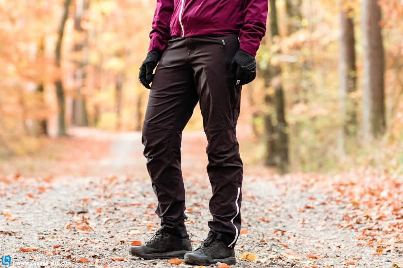 Cari loved the great fit and elastic water-repellent material of the long softshell  trousers. ION s tight-fitting Shelter pants provide total freedom of ... f330bad46e4e5