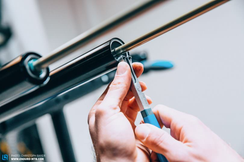 How to: RockShox DebonAir spring upgrade – Affordable tuning