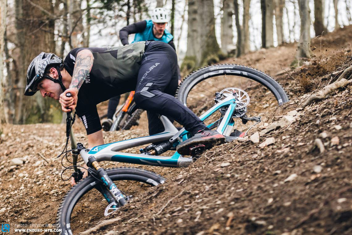 The Best Mtb Pants You Can Buy 8 Bike Pants In Review Enduro Mountainbike Magazine
