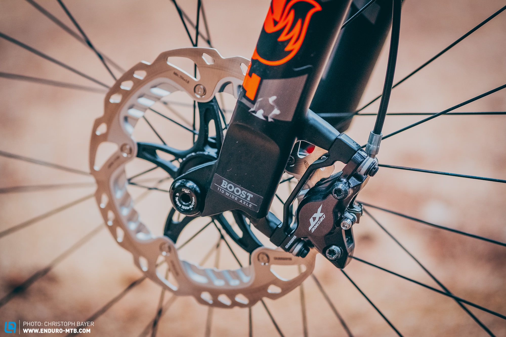 First test: Shimano XT M8100 and SLX M7100 disc brakes – lots of