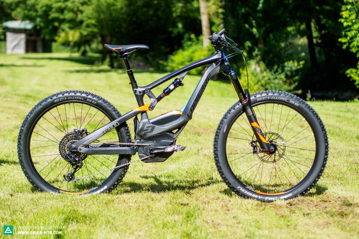 91441463dc8 Screw your traditional frame design: the Lapierre Overvolt AM Carbon kept  designers on their toes