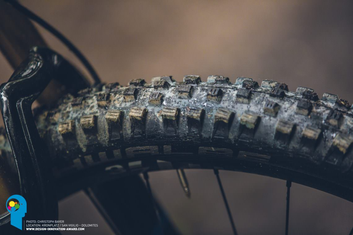 Redefine-Performance-the-future-of-E-Mountainbikes-1