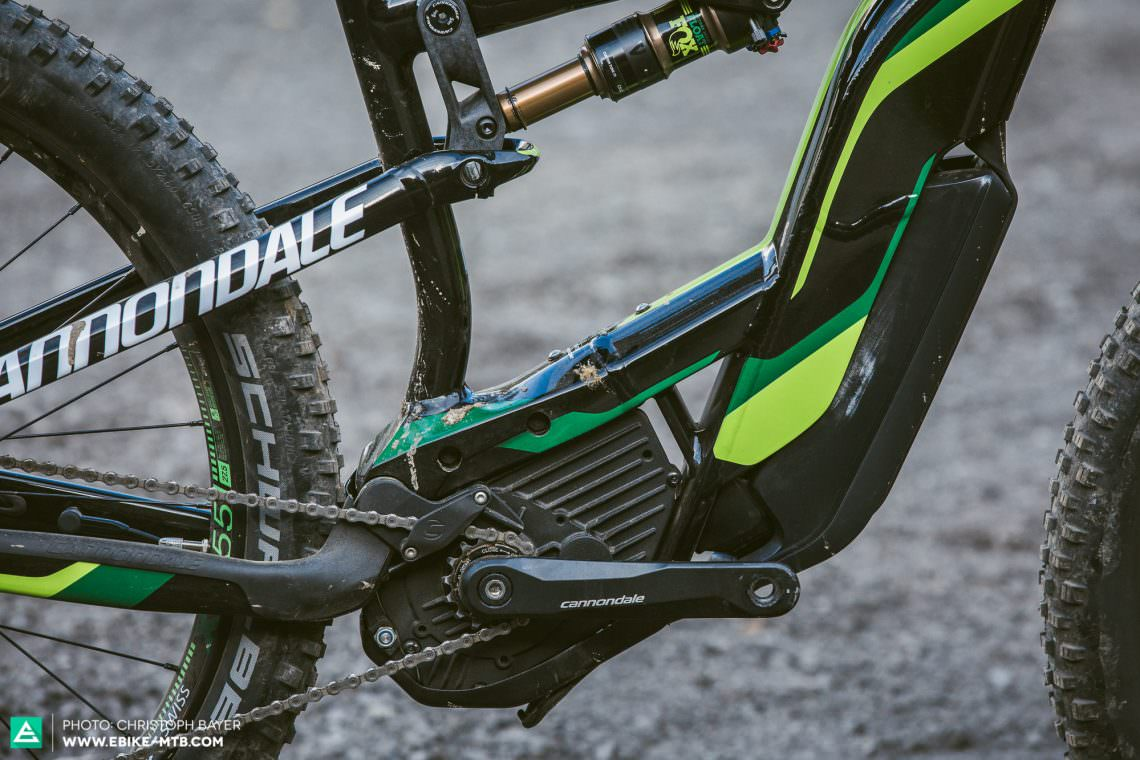 Stylish In order to achieve the lowest possible centre of gravity without impacting stiffness, Cannondale flattened the hydro-formed downtube and reinforced it with a gusset.