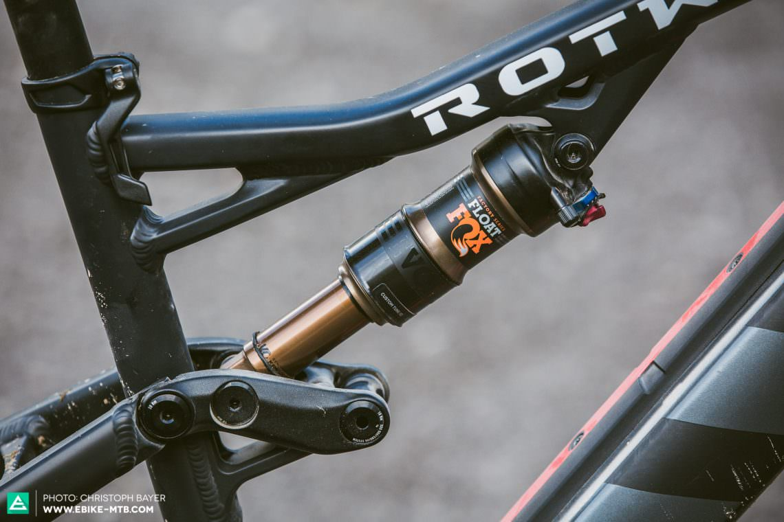 Efficient Not only extremely efficient at the rear, the ROTWILD R.X+ also gives great feedback and irons out bumpy trails. Could we ask for more?
