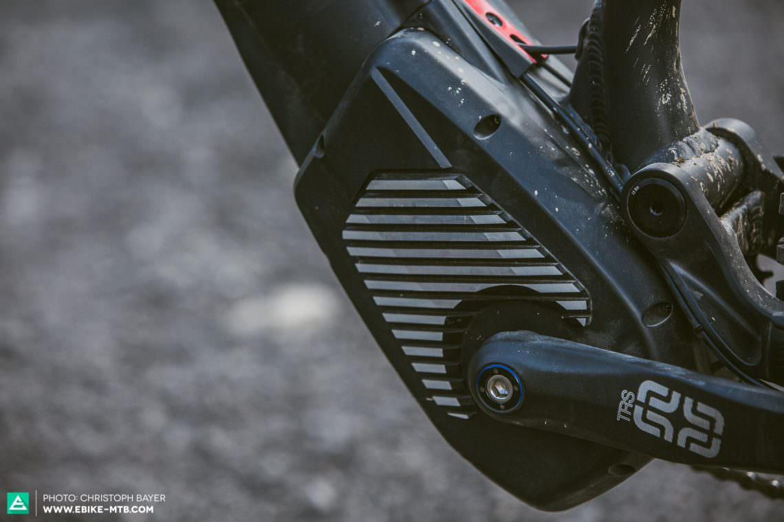 Cool down ROTWILD have developed a new motor cover to improve the motor's performance by shedding heat through its cooling fins. The result is a bigger range – a claim that we'll put to the test soon.