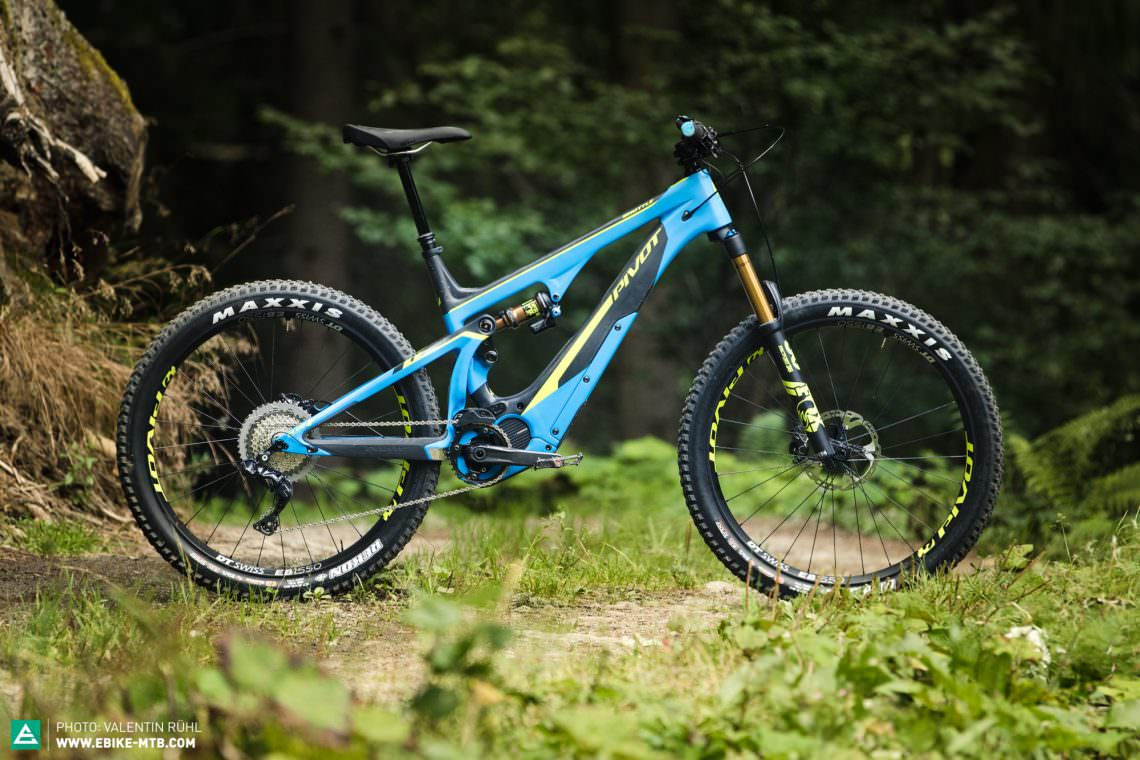 First Ride Review Pivot Shuttle More Than Just A Lift E