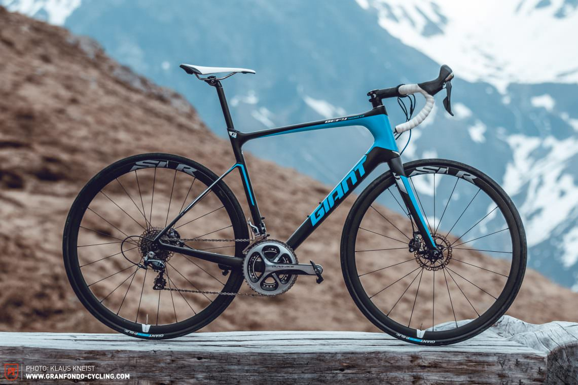 8aadd443b9d Giant Defy Advanced Pro 0 Review | GRAN FONDO Cycling Magazine
