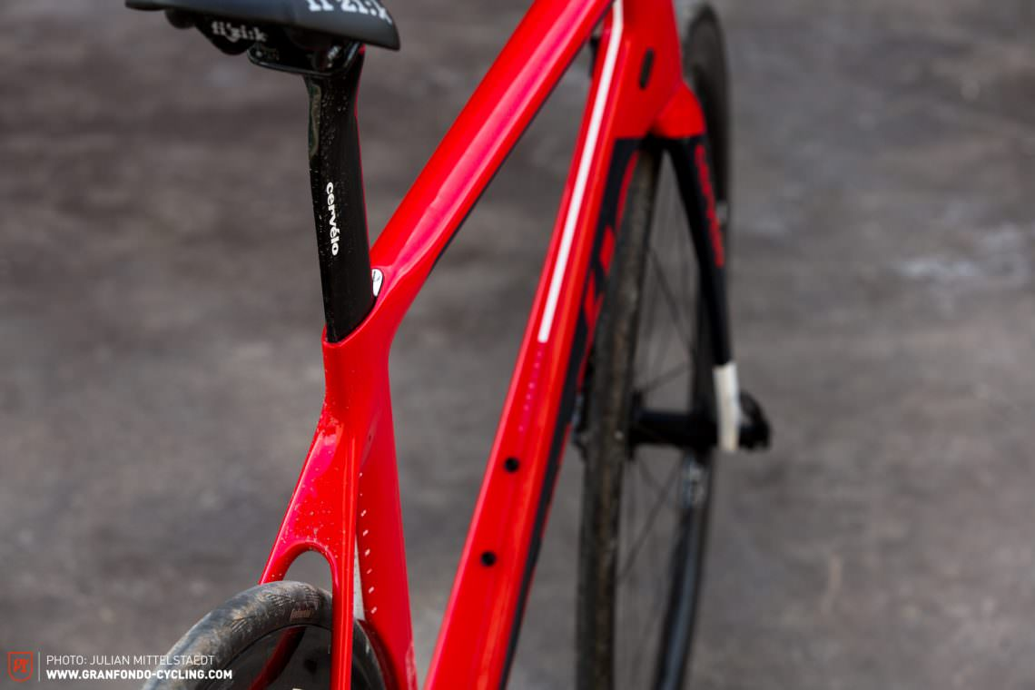 febb2cebae0 We love this burly aero design of the S3 Disc, but certain features are  missing a love for detail.