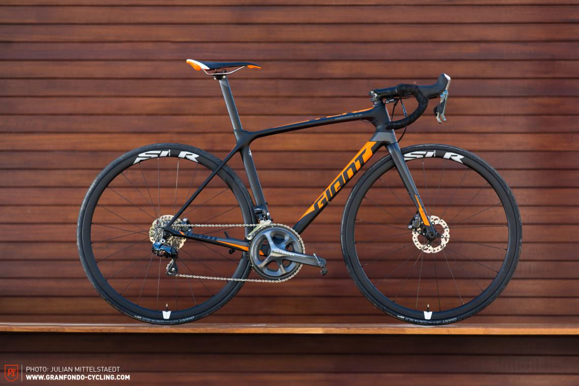 1617237a0e7 Giant TCR Advanced Pro Disc Review | GRAN FONDO Cycling Magazine