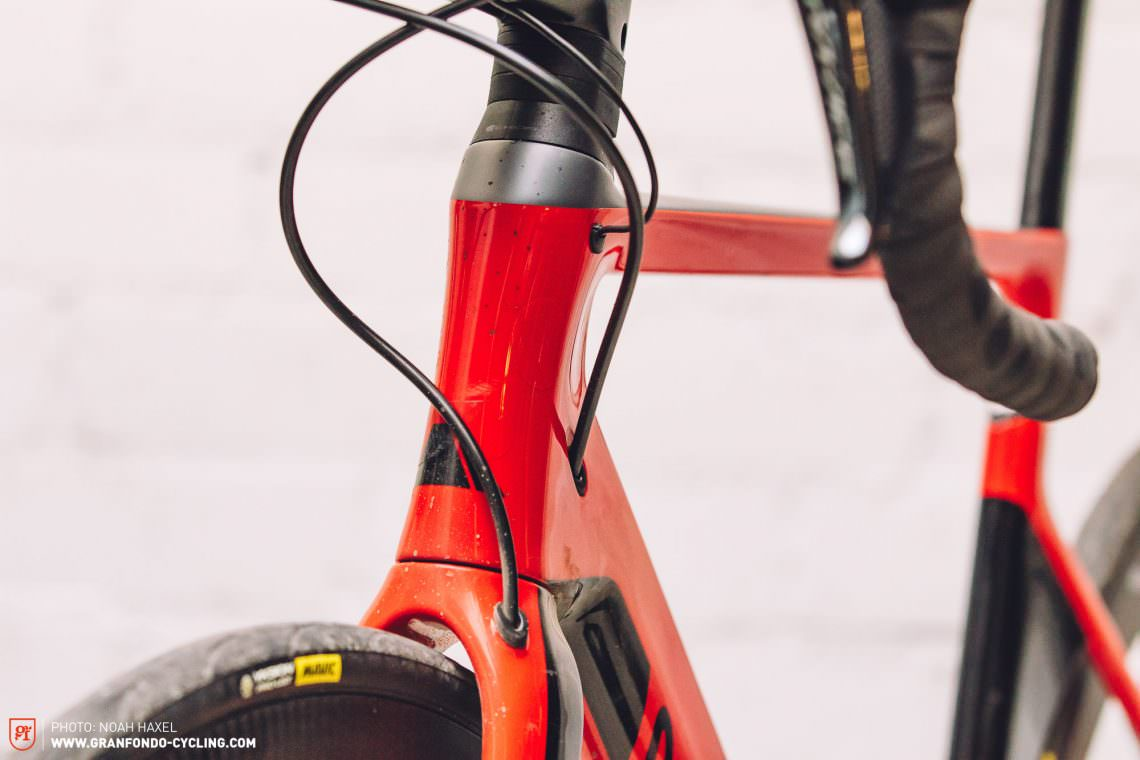 Canyon Aeroad CF SLX Disc 9 0 Di2 Review | GRAN FONDO