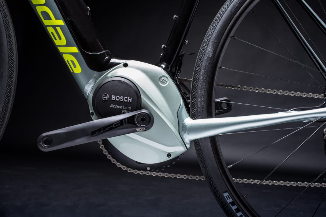 6d286e3e019 Additionally, Cannondale's Asymmetric Integration (Ai) Offset Drivetrain,  allows the Synapse NEO to have short chainstays for nimble handling and  tire ...