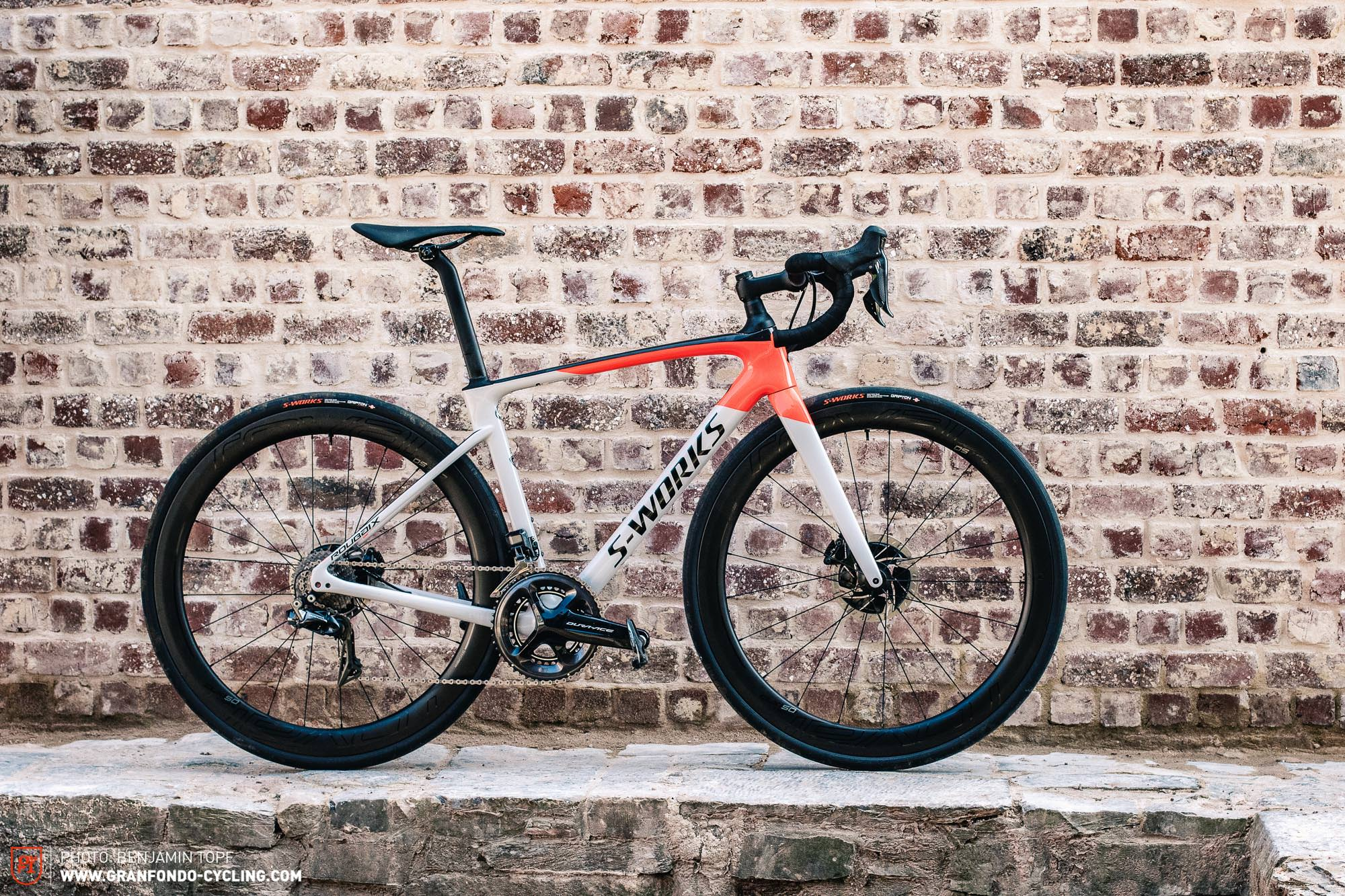 2020 Specialized Diverge Review.First Ride Review 2020 Specialized Roubaix Cobble Killer