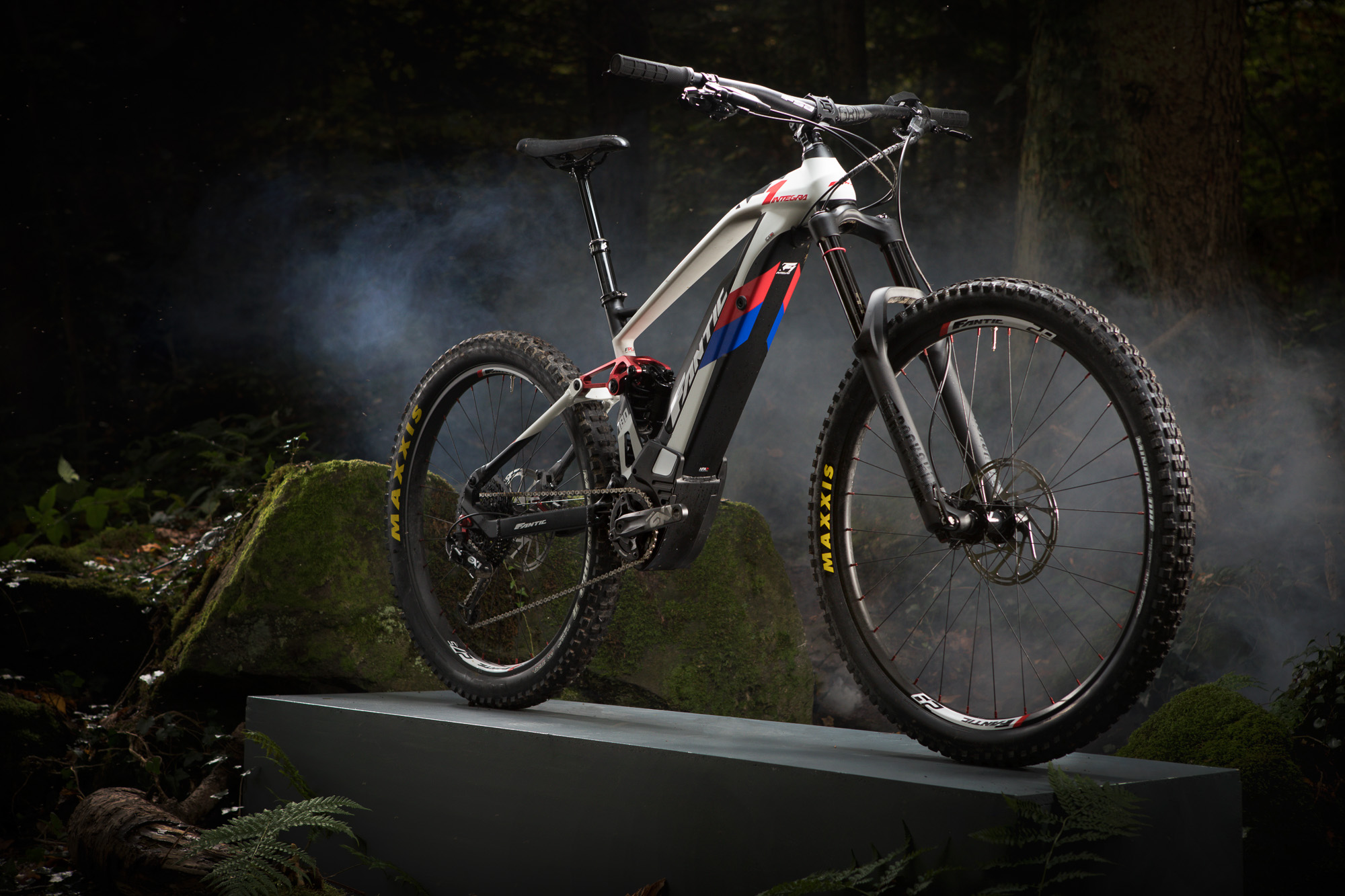 Fantic XF1 INTEGRA ENDURO 180 - Design   Innovation Award 8b529ef14